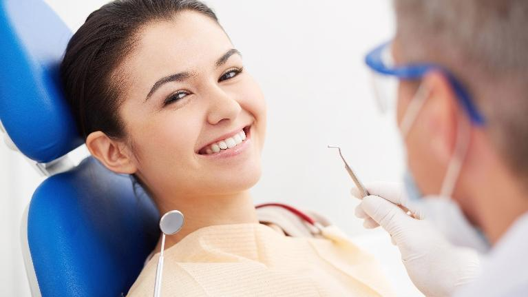 Dentist Fayetteville AR | Dental Blog | Female Dental Patient